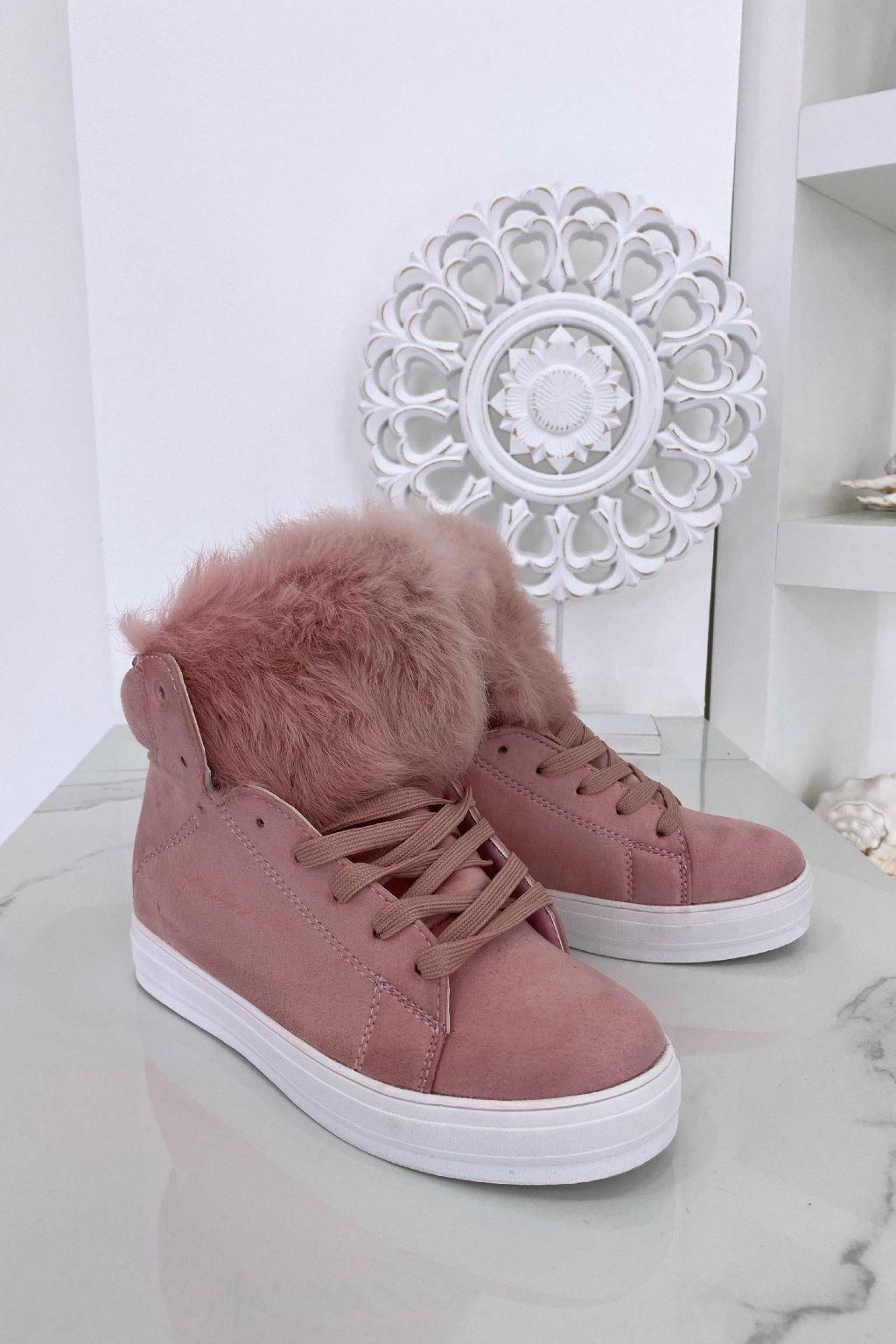 Růžové tenisky s kožešinou