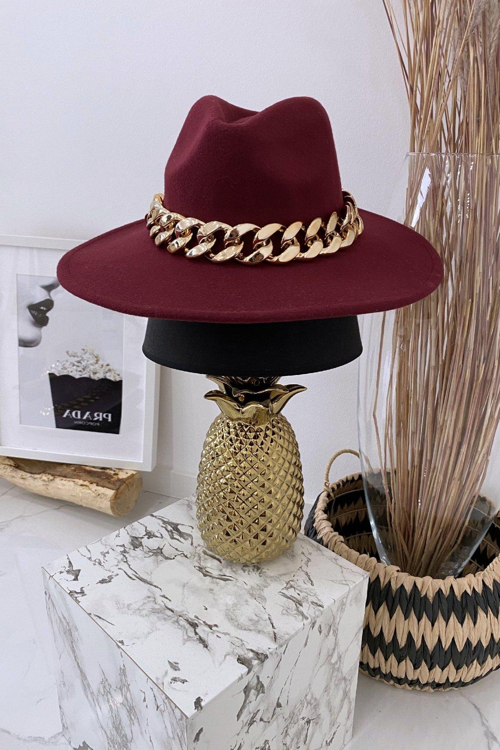 Bordó červený klobouk Gold Max