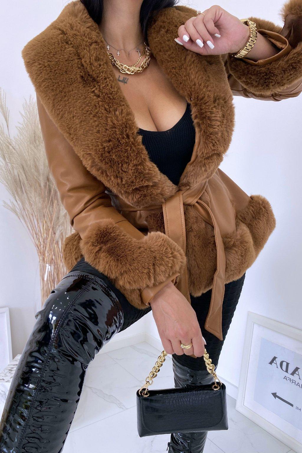 Camel kožešinový kabát Lady