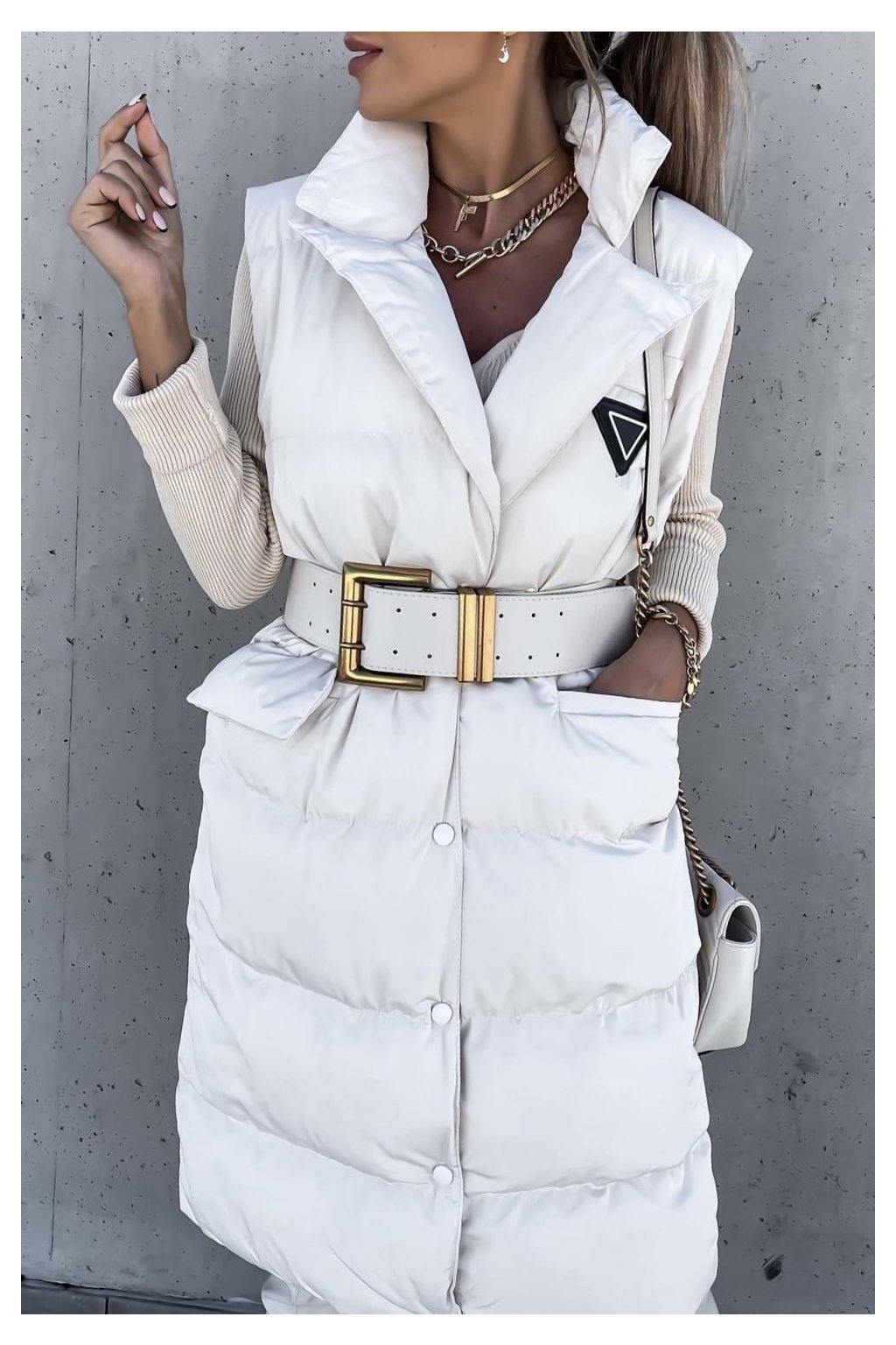 Luxusní bílá vesta Fashionista