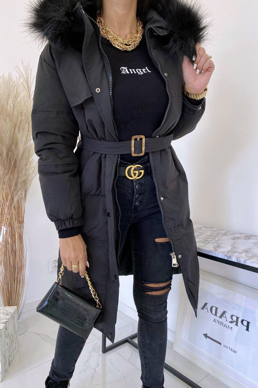 Černá delší bunda s kožešinou Sorella