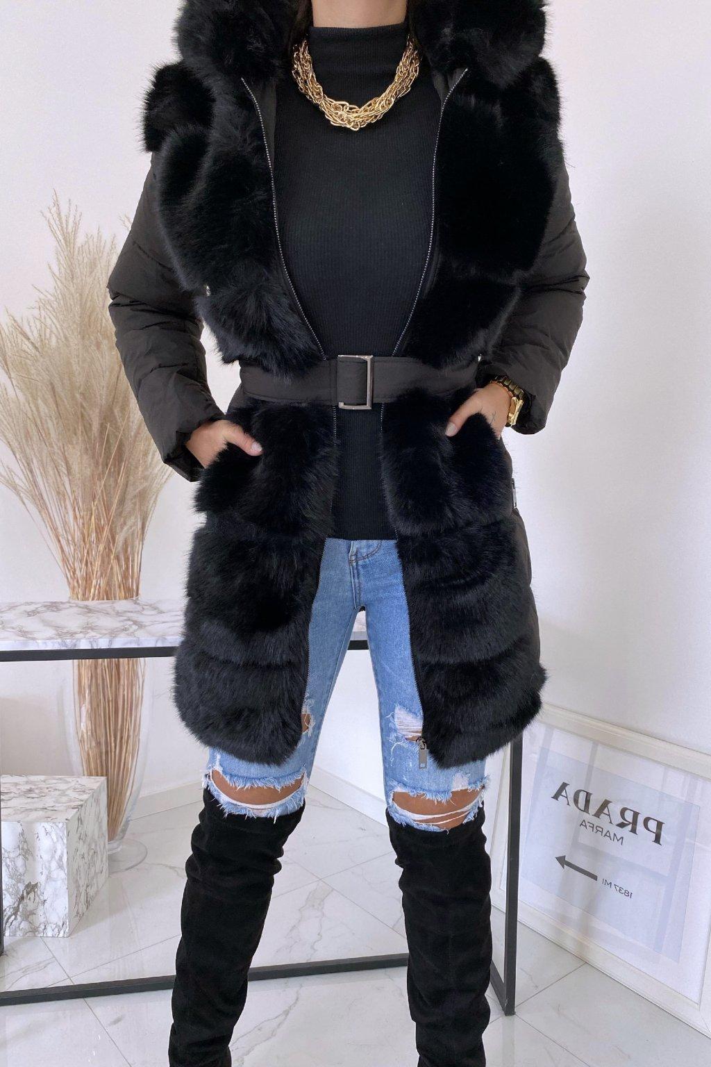 Černá zimní bunda s kožíškem Tiara