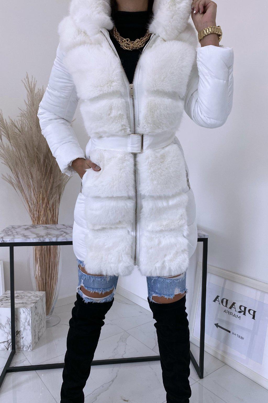 Bílá zimní bunda s kožíškem Tiara