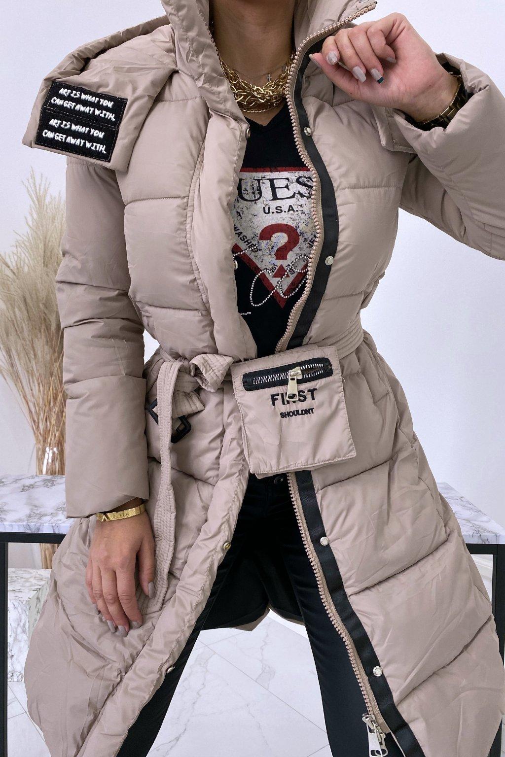 Béžová zimní bunda First s opaskem