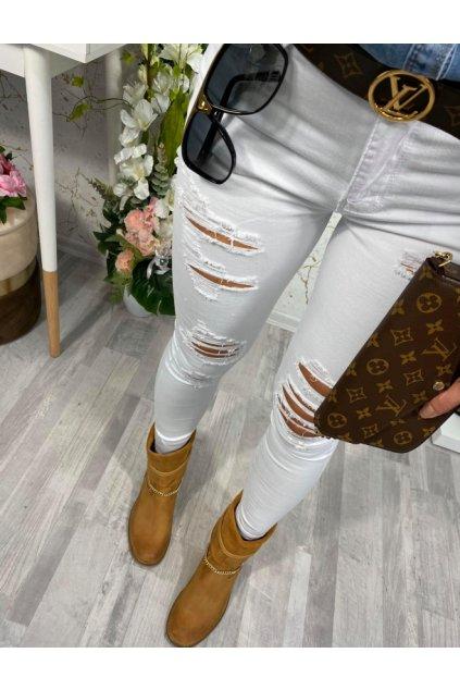Bílé trhané jeansy