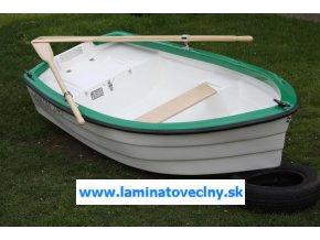 Mikrus 245  malý čln pre kaprárov na vyvážku