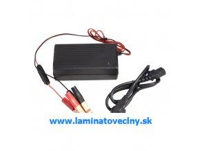Nabíjačka pre LiFePO4 akumulátory MOTOMA 12V/8A