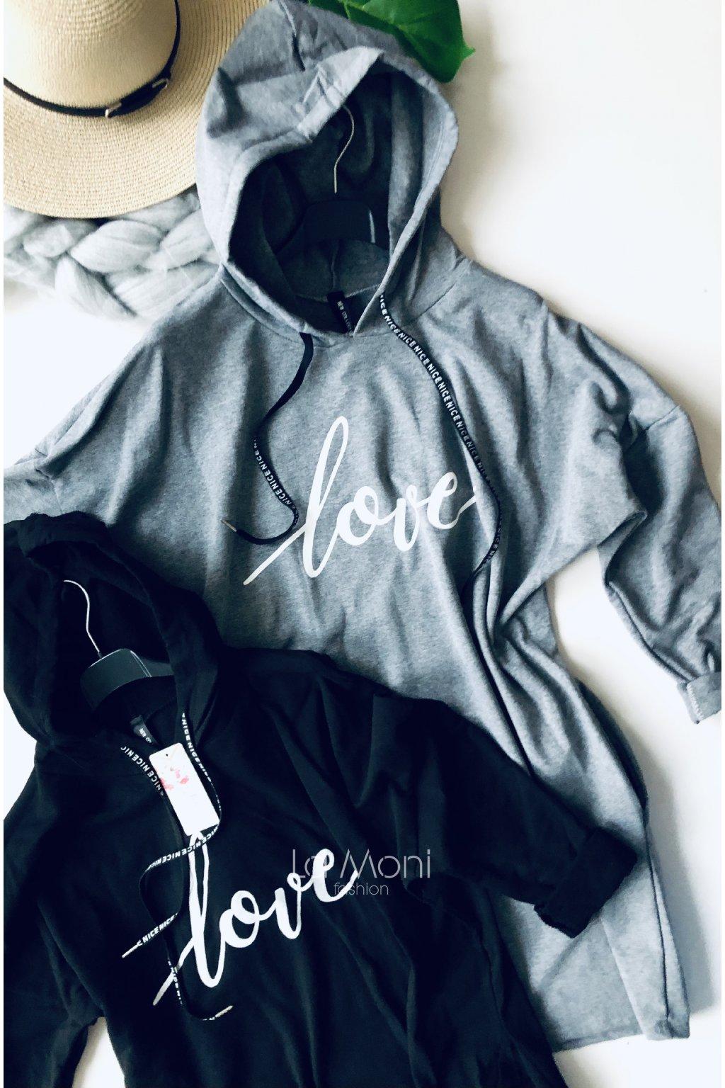 Úpletové šaty LOVE  s kapucí