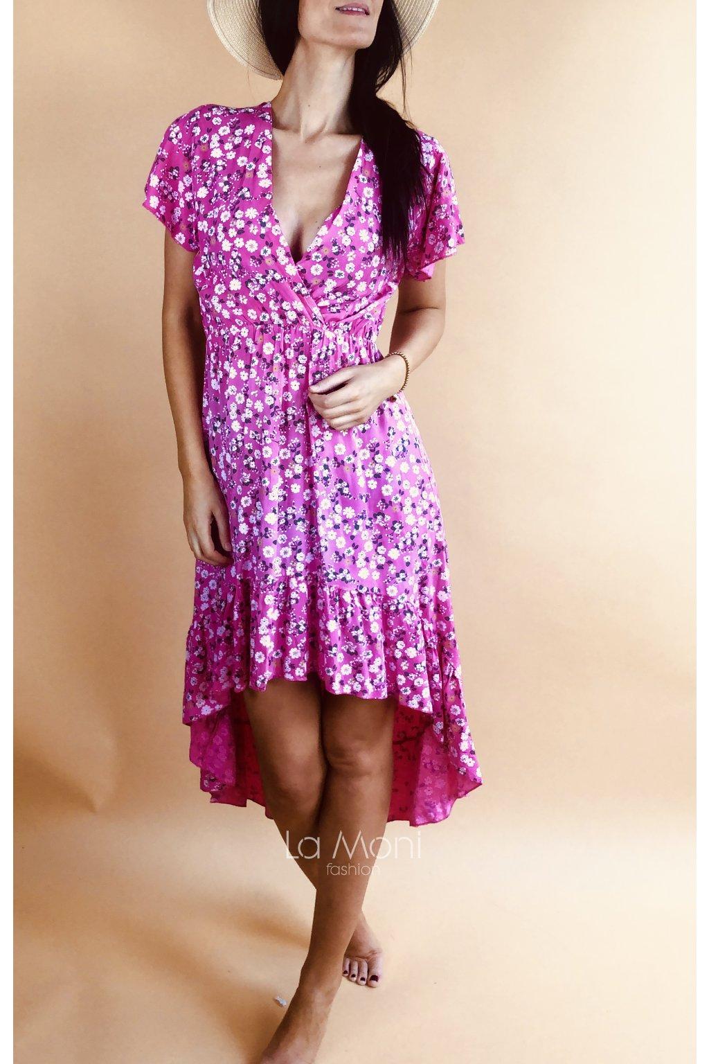 Roztomilé květiné šaty