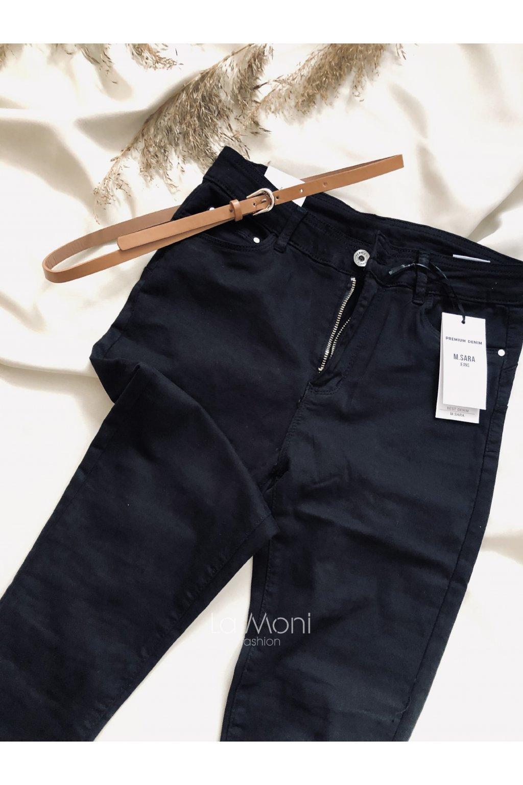 Strečové džíny push-up  s páskem