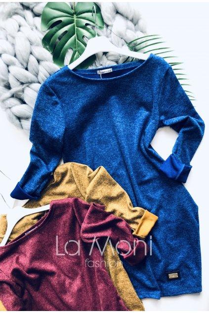 Svetříkové šaty s kapsami