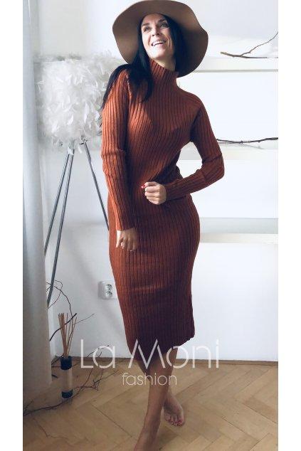 Slim vroubkované delší  šaty se stojáčkem