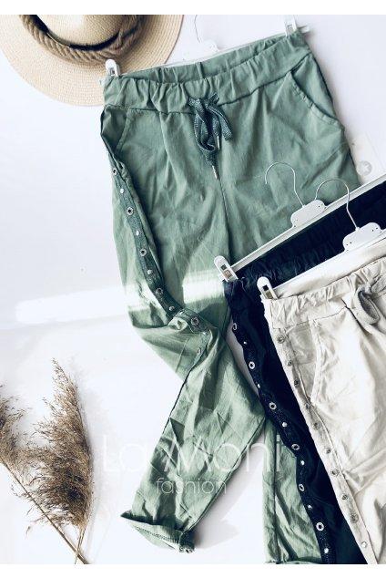 Elastické kalhoty se cvoky