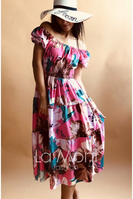 Letní dokonalé květinové šaty