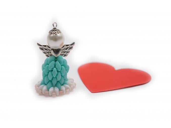 Anděl pro štěstí z korálků