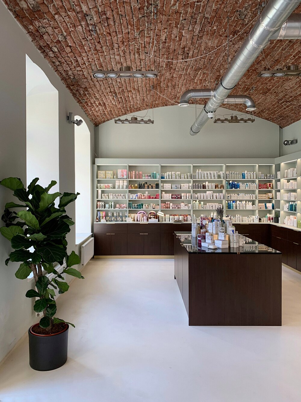 La Pharmacie Francaise_prodejna