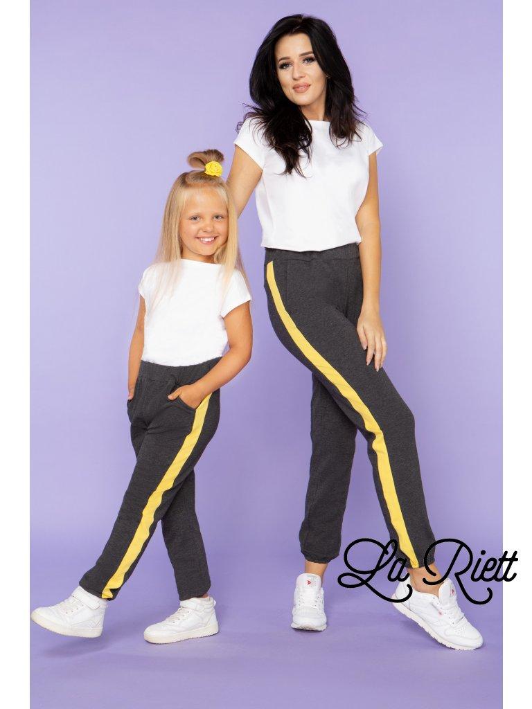 Nohavice sivé so žltým pásom