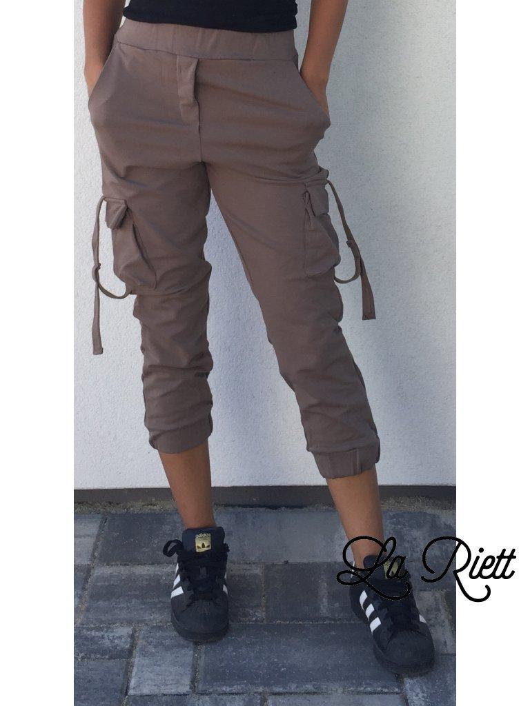 Hnedé nohavice s vreckami