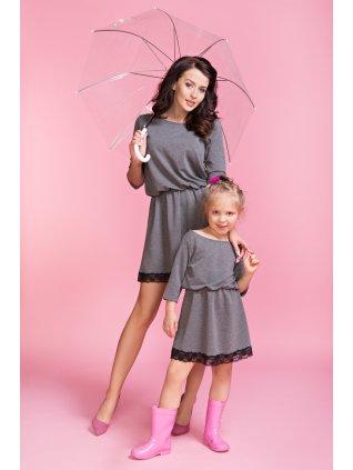Šaty s čipkou šedé