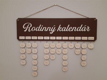 rodinny kalendar-kalendar-dreveny kalendar-drevo