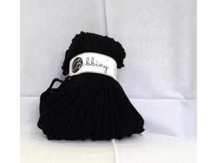 textilní příze černá