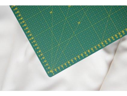 patchwork rezaci podlozka