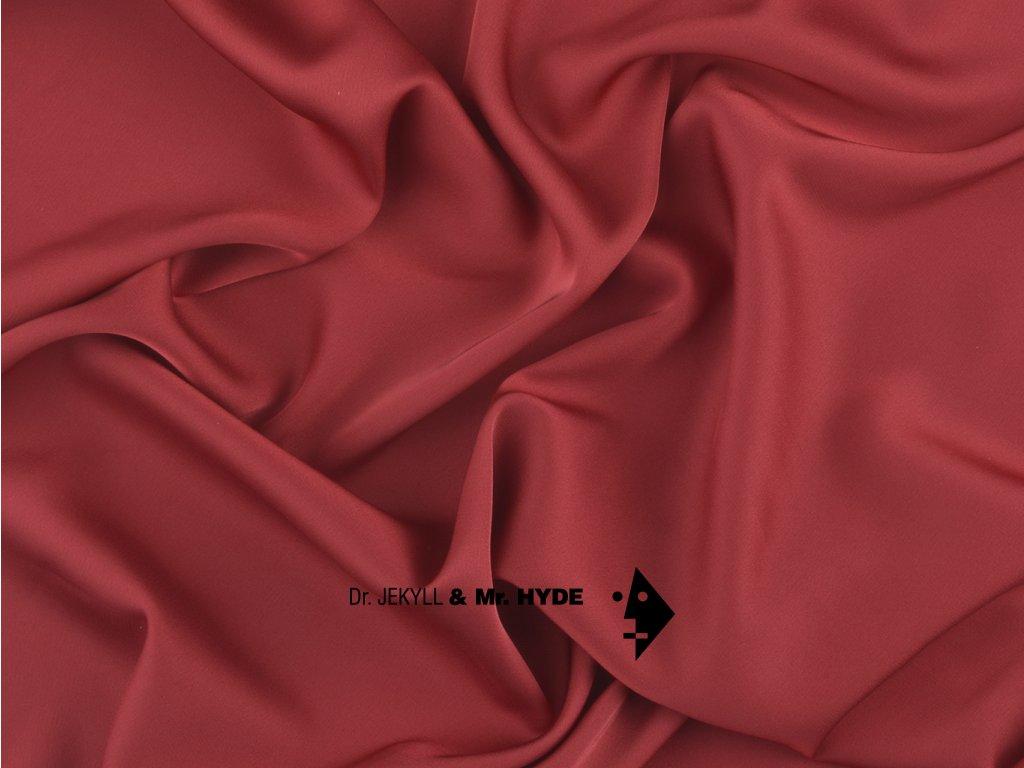 68. Tmavě červená / Dark red