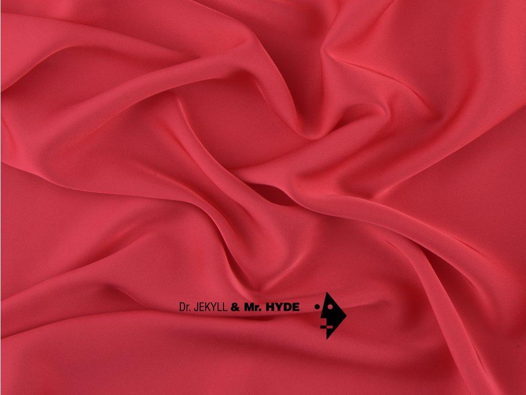 83. Rubínově červená /Ruby red
