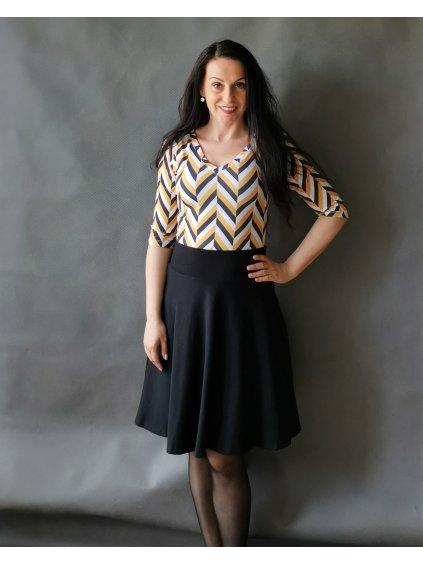 Půlkolová sukně vínový akvarel s kapsami (1)