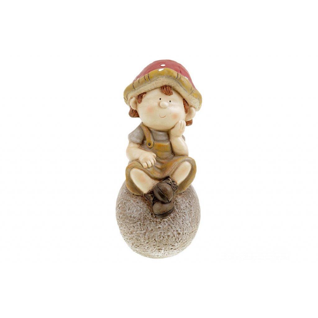 Hubový chlapec na kameni  záhradná MgO keramika 20x44x20,5cm