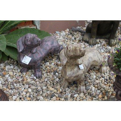 psík jazvečík drevorezba záhradná dekorácia cena za 1ks 45x23x38cm