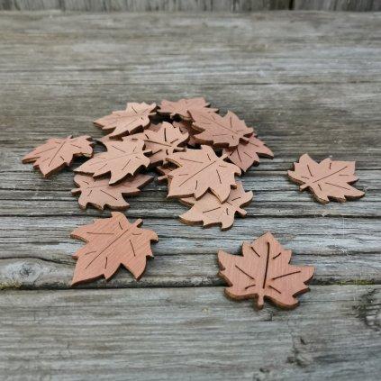 List drevený javorový  nalepovací 4,5x4cm cena za 1kus