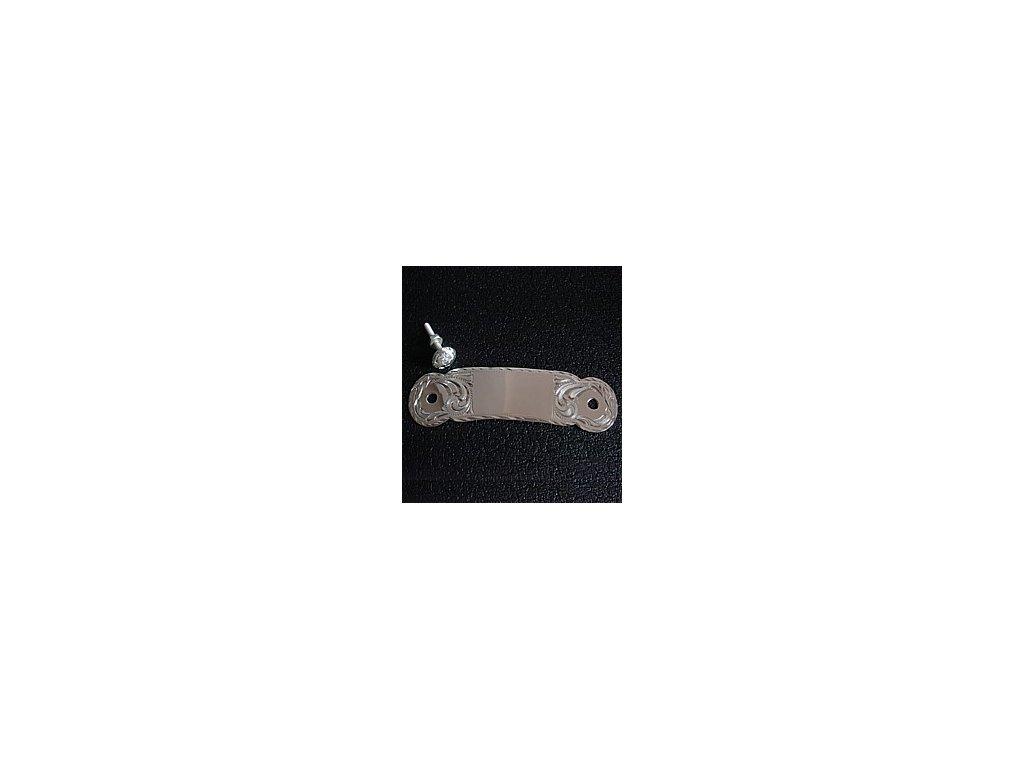 1954 1 stribrne zdobeni na zadni rozsochu sedla