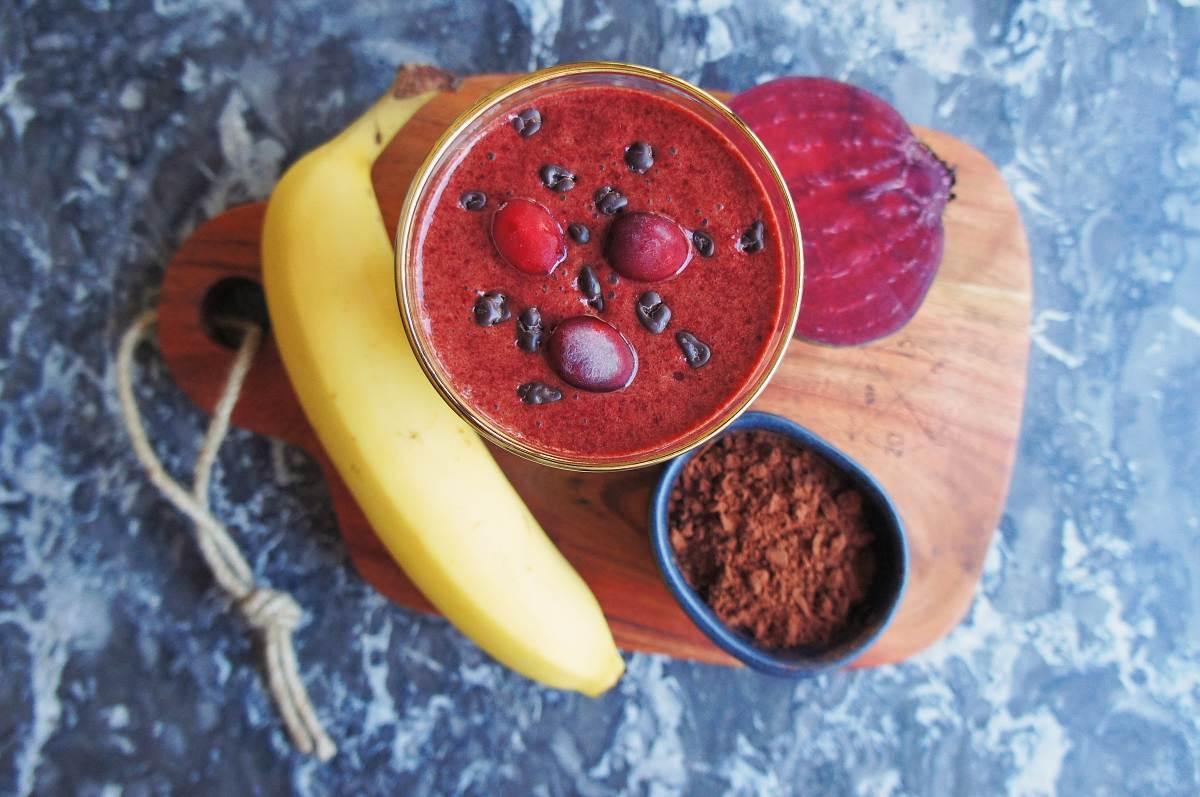 Čokoládové smoothie s červenou řepou