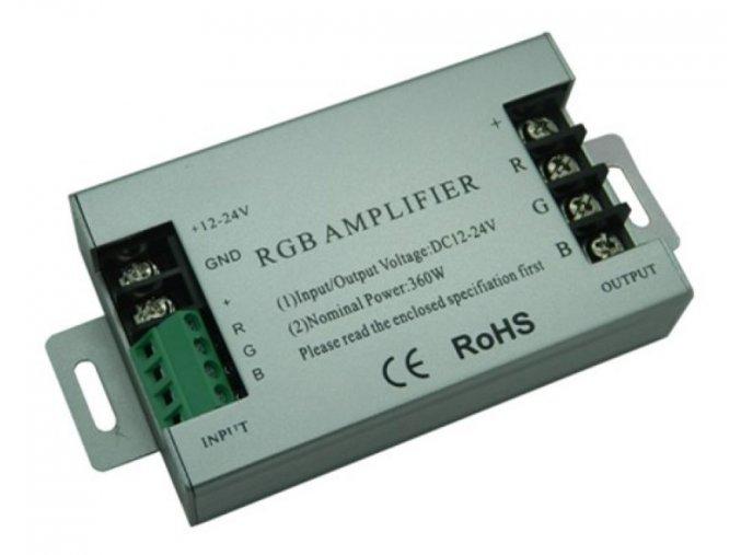 Zesilovač signálu 3x10A AMP5