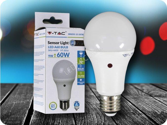 E27 Led Žárovka 9W Se Světelným Senzorem (Barva světla Studená bílá)