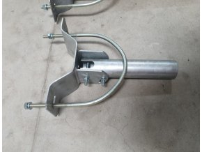 Wysięgnik masztowy, regulowany kąt, 300mm + przyłącze. materiał, średnica 60mm, ocynkowany