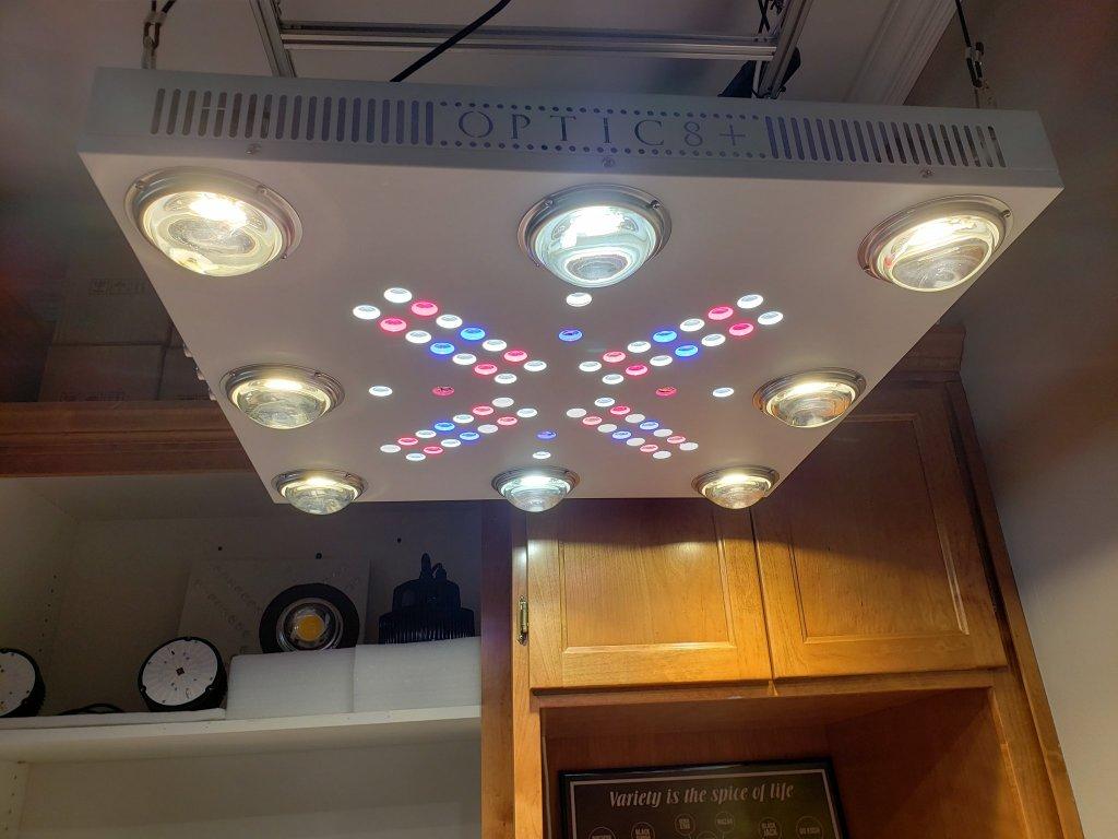06 Optic LED 1378 FIN V1 370x 247dfbdb 0b6e 4a3c a76a 9768327d562e 1024x1024@2x (1)