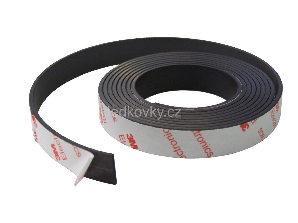 Magnetická páska sam. 3M