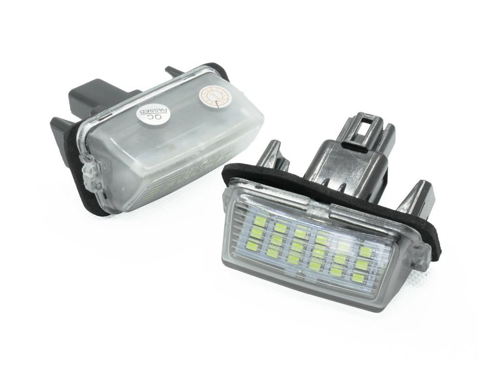 eng pl PZD0070 LED license plate light TOYOTA Avensis Corolla Camry Prius Verso 1145 1[1]