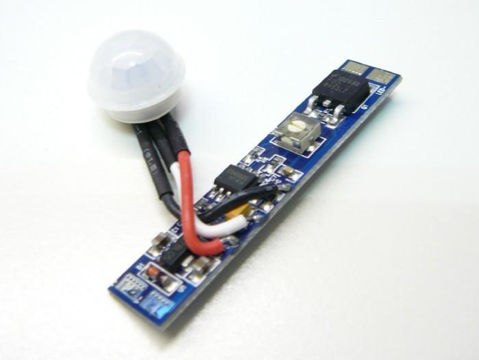 T-LED Spínač s pohybovým čidlem pro LED pásky, montáž do ALU profilu