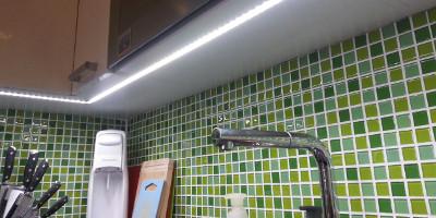 Soukromý byt - osvětlení kuchyňské linky, Praha