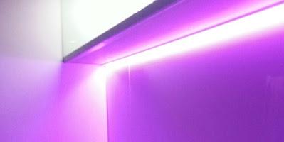 Soukromý byt - osvětlení kuchyňské linky a barového pultu, Praha