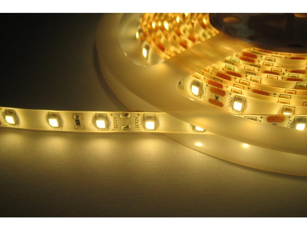LED pásek samolepící 4,8W/m, 470lm, IP45, Ra>90 (Barevná teplota Zelená)