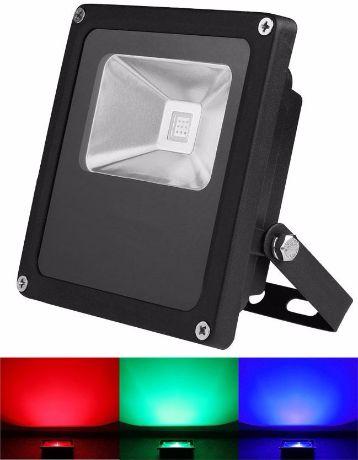 Schwarz RGB LED Strahler 10W mit RF Controller
