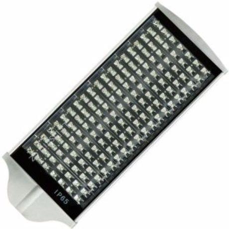 LED Straßenbeleuchtung 126W Warmweiß