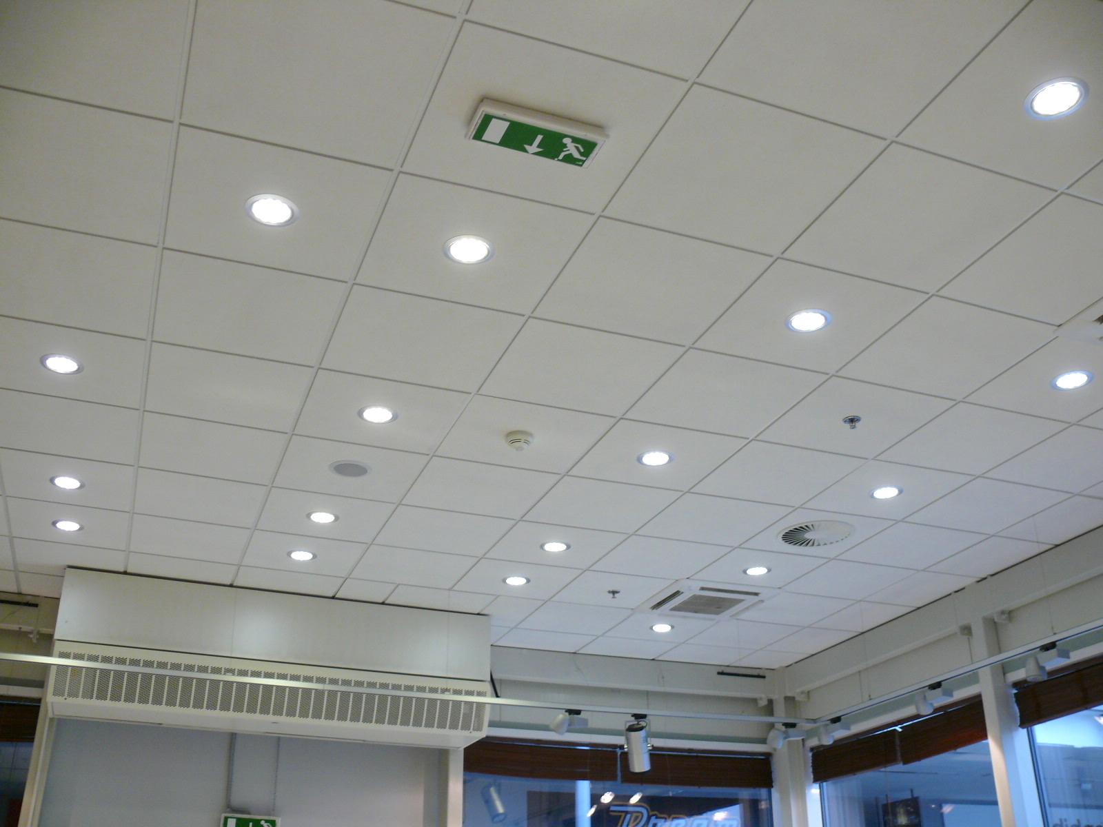 LED osvětlení Prodejna Lindt 2