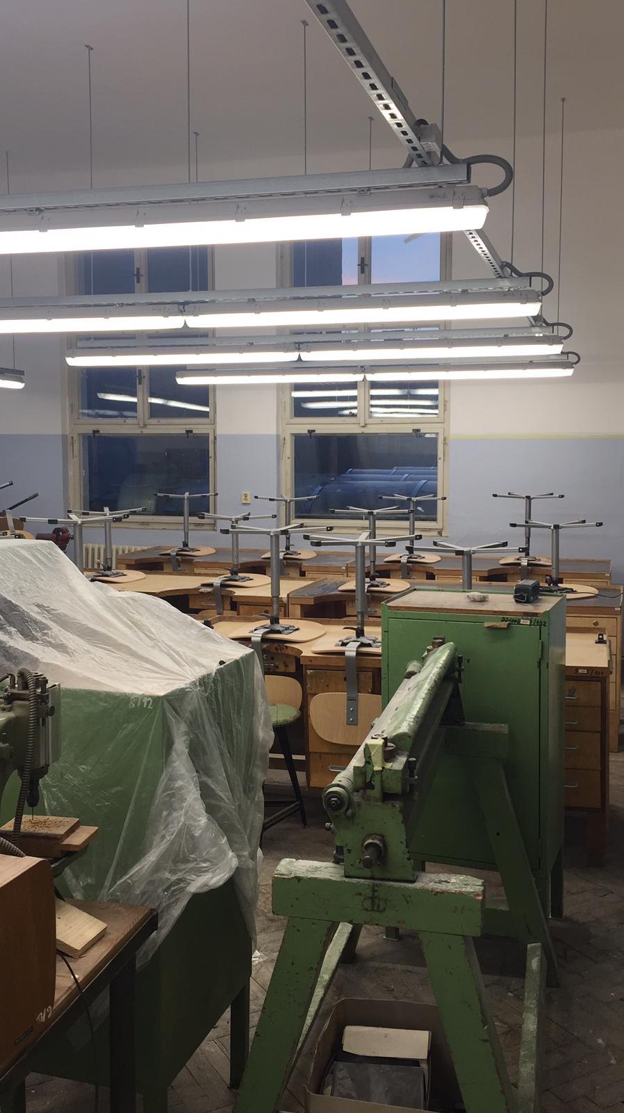 Střední průmyslová škola v Jablonci nad Nisou, LED zářivková svítidla 11