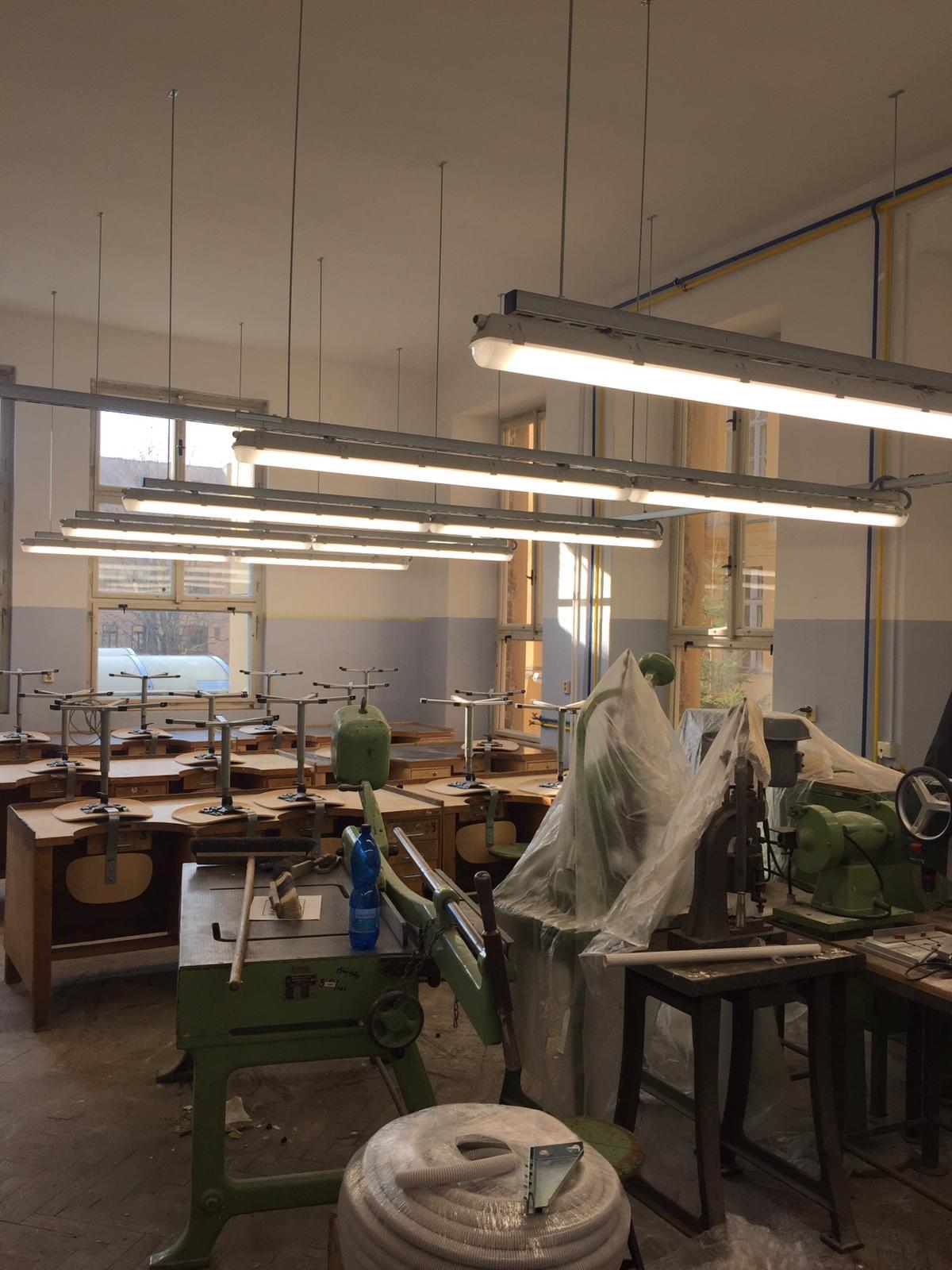 Střední průmyslová škola v Jablonci nad Nisou, LED zářivková svítidla 16