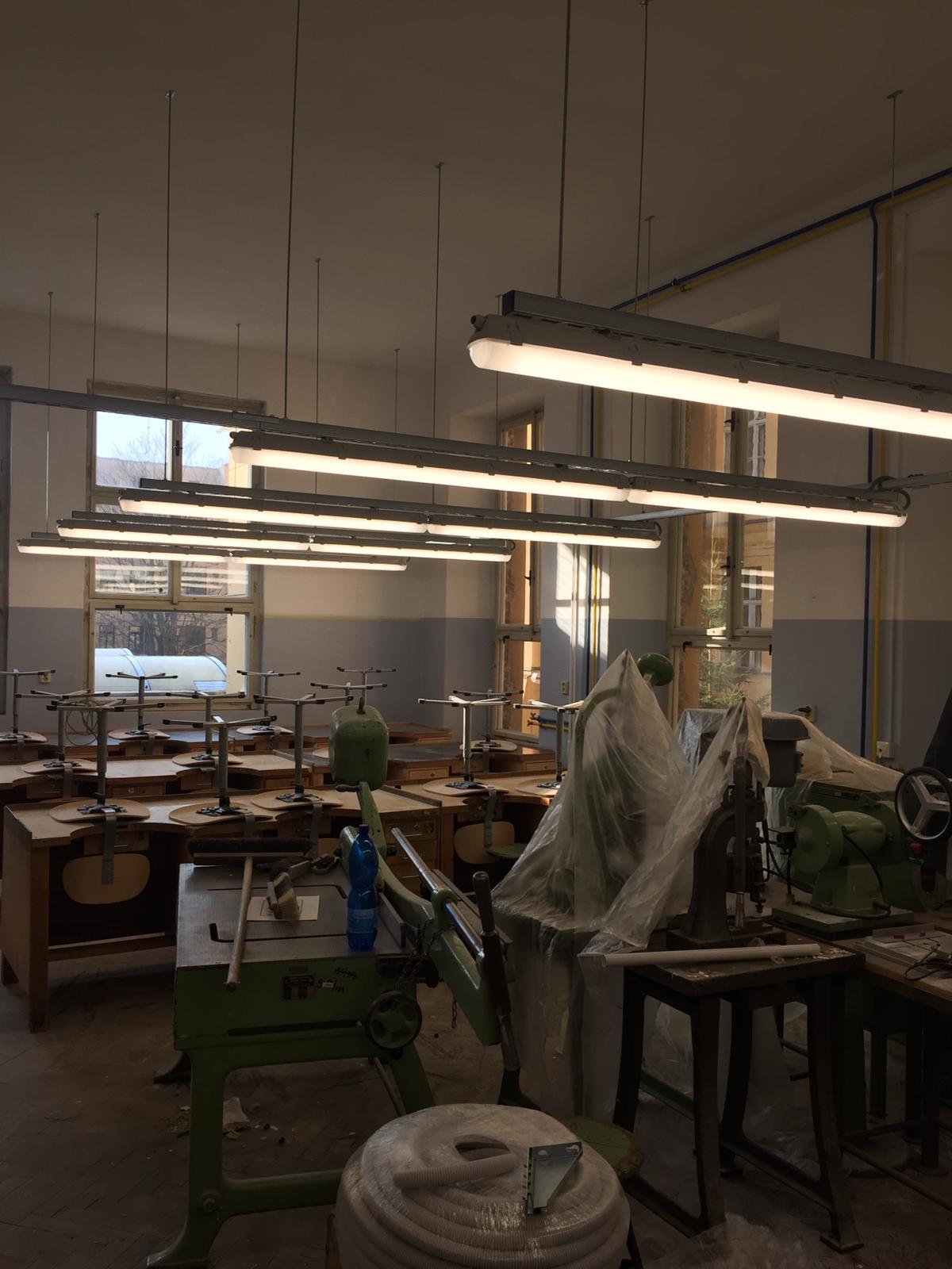 Střední průmyslová škola v Jablonci nad Nisou, LED zářivková svítidla 17